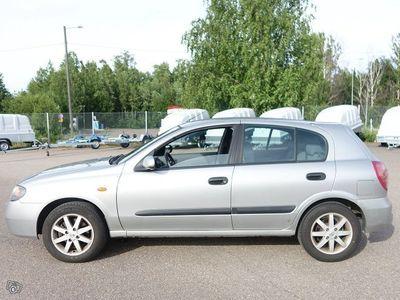 käytetty Nissan Almera 1.5 HB SpDeck 5d AJ 195TKM AC JOPA ILMAN KÄSIRAHAA...