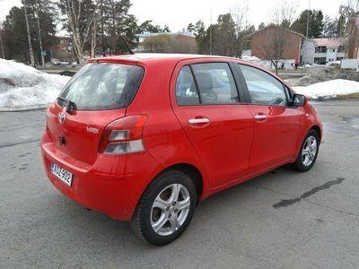 gebraucht Toyota Yaris 1.3 VVT-i, 2011, 109tkm
