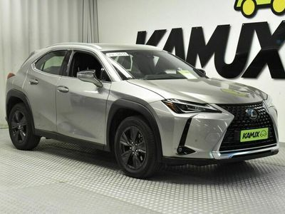 käytetty Lexus UX 250h Aut Launch Edition // Adapt.vakkari / Navigointi / Led-ajovalot //