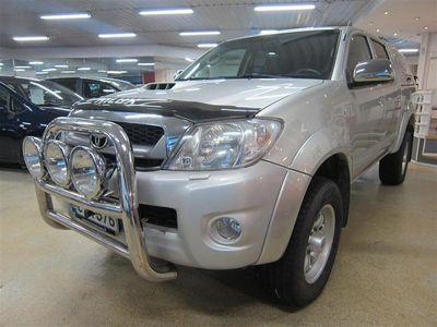 käytetty Toyota HiLux Double Cab 3,0 D-4D 171 4WD SR aut.