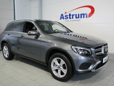 käytetty Mercedes GLC350 e 4Matic A Premium Business *KOUKKU / PANORAMA / NAVI / KAMERA JNE.*