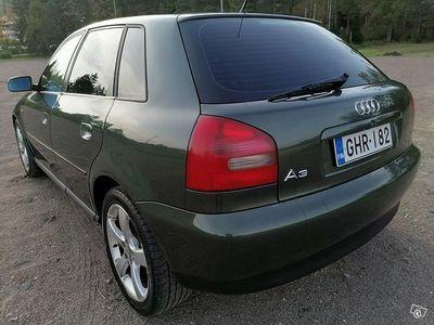 käytetty Audi A3 1,6 bensa 5-ovinen