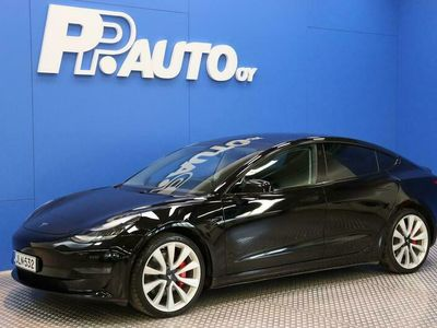 käytetty Tesla Model 3 Performance Dual Motor AWD - 1000€:sta S-bonusta*! Korko 0,99%**, 72 kk, ilman käsirahaa!