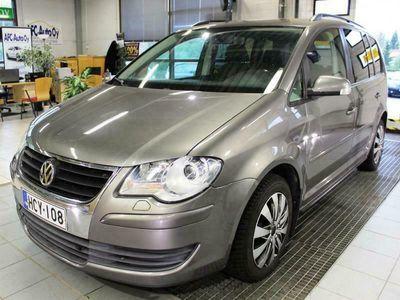 käytetty VW Touran Trendline 1.4 TSI 103kw