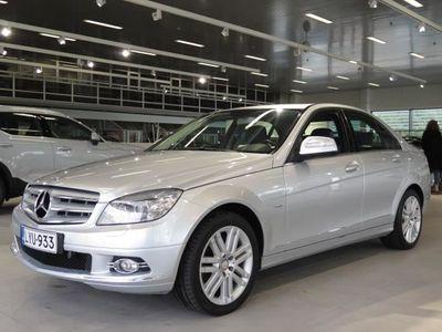 käytetty Mercedes C320 CDI A + HUIPPUVARUSTEET