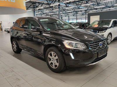 käytetty Volvo XC60 D4 Kinetic aut ** Navi / Pysäköintitutkat / Xenon / Koukku / Vakionopeudensäädin / City Safety **