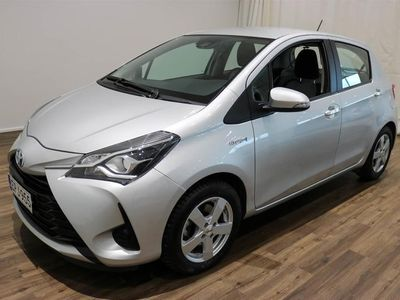 käytetty Toyota Yaris 1,5 Hybrid Active 5ov ** KAUKOVALOAUTOMATIIKKA - PERUUTUSKAMERA - VAK.NOPSÄÄDIN ** **** Korko 0,99%