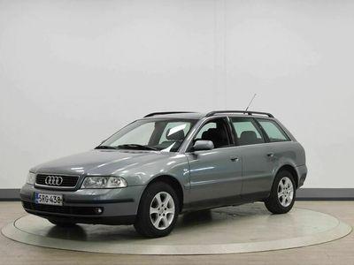 käytetty Audi A4 V6 2,4 30V 4d - Hyvillä varusteilla!