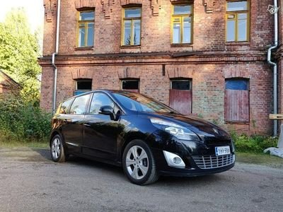 käytetty Renault Grand Scénic vm 2012