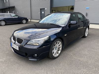 käytetty BMW 525 3.0 LCI M-Sport Edition / Carbon-schwarz / Sfot close / Comfort access / Pro navi / Sähköpenkit / Bluetooth