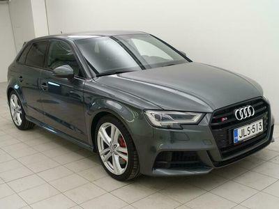 käytetty Audi S3 Sportback 2,0 TFSI 228 Q S tronic Facelift ** Digimittaristo / Bang & Olufsen / Matrix-led **