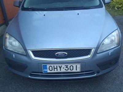 käytetty Ford Focus stw 1.6 Ghia, kats.ok,starttivika? -06