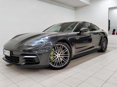 käytetty Porsche Panamera 4 E-Hybrid, Sport Pakoputkisto, Bose, 21'', Navigointi, Ilmajousitus,.