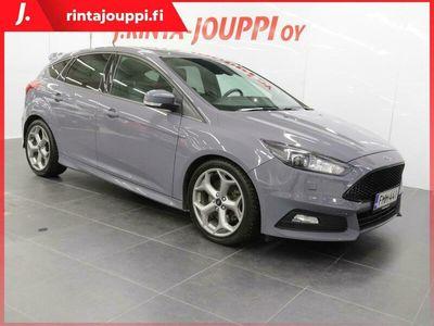 käytetty Ford Focus ST 2,0 TDCi 185 hv start/stop PowerShift A6**SUOMI-AUTO, HILJAN HUOLLETTU**