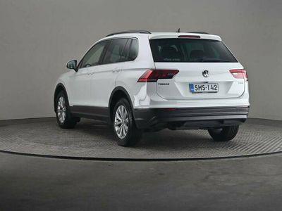 käytetty VW Tiguan Comfortline 2,0 TDI SCR 110 4wd DSG -Varusteltu yksilö-
