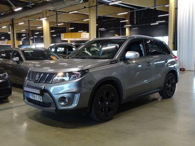 käytetty Suzuki Vitara 140 BOOSTERJET 4WD S 6AT ** Adapt. vakkari / 2-om Suomiauto / Navi / P-kamera / Nahka-alcantara / Koukku **