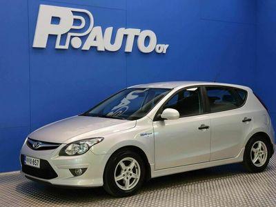 käytetty Hyundai i30 5d 1,4 CVVT 5MT ISG Classic - 1000€:sta S-bonusta* Korko 0,99%**, 72 kk, ilman käsirahaa