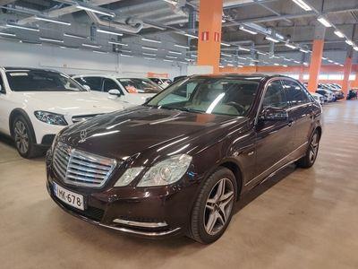 käytetty Mercedes E250 CGI BE A ** Kaistavahti / BLIS / Navi / Nahkasisusta / IHC / ILS -Xenon / Parkkitutkat **