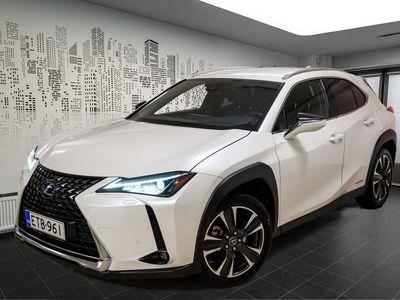 käytetty Lexus UX 250h AWD Premium uusi vastaava 55200€