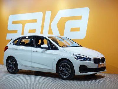 käytetty BMW 225 Active Tourer F45 225xe A Business Sport ** NAVIPLUS / HUD / Sporttipenkit **