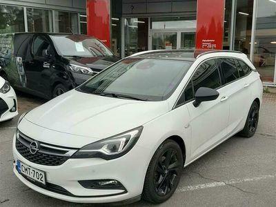 käytetty Opel Astra Sports Tourer Innovation Plus 150 Turbo A ** HIENO JA HYVIN VARUSTELTU FARKKU **