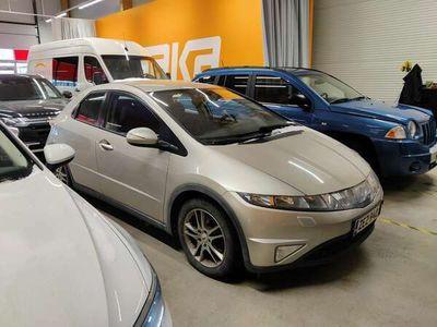 käytetty Honda Civic 5D 1,8i Sport ** Suomi-auto / Lohko / Vakkari / Kahdet renkaat **