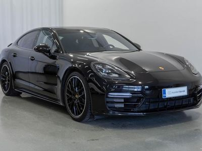 käytetty Porsche Panamera 4 E-Hybrid Sport Desing, Panorama, Bose, 14-suuntaiset istuimet, Täysnahkaverhoilu, Lane change ass