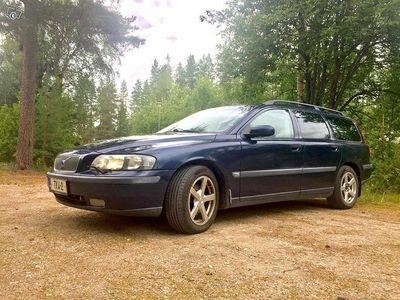 käytetty Volvo V70 D5 5h 2004