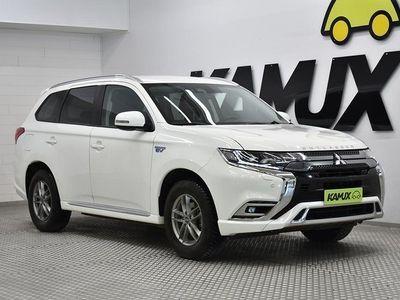 käytetty Mitsubishi Outlander P-HEV P-HEV 2.4 Hybrid 4WD CVT 230 hv   KOUKKU   KAMERA   ADAPT. VAKKARI   RATINLÄMMITYS  