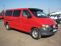 käytetty Toyota HiAce D4D 100 Air 4d pitkä DX-bussi, ilmastointi, lohkolämmitin, Ajettu vain 210 tkm