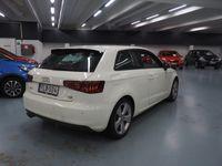 käytetty Audi A3 Compact Coupé Business Sport 1,8 TFSI 132 kW quattro S tronic ** 1-Om / Suomi-auto / Xenon / Sportti