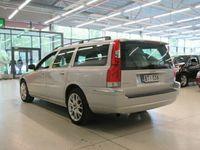 käytetty Volvo V70 V70 5DSTW 2.5T AUT