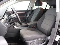 käytetty VW Passat Sedan Comfortline 1,6 TDI 77 kW (105 hv) BlueMotion Technology DSG-automaatti ### NORMAL FRIDAY -hin