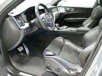 käytetty Volvo XC60 D4 AWD R-Design A MY2018 ** Bowers&Wilkins, Aktiivivakionopeudensäädin **