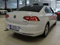 käytetty VW Passat Sedan Highline 1,8 TSI 132 kW (180 hv) DSG #ergoComfort #Hieno Suomi-Passat! #Navi #Adaptiivinen va