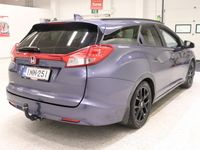 käytetty Honda Civic Tourer 1,8i Elegance Plus AT ### NORMAL FRIDAY -hinta! ### ** Navigaattori / Peruutuskamera / Suomi-