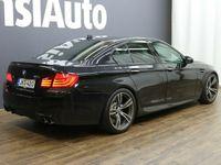 käytetty BMW M5 M5F10 Sedan - HARVINAISEN SIISTI, HYVILLÄ VARUSTEILLA!