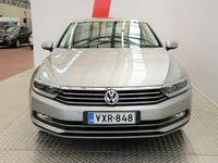 käytetty VW Passat Sedan Comfortline 1,4 TSI 110 BM Technolgy * Navi / Easy Acess / Perutuskamera / Bluetooth *