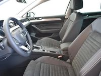 käytetty VW Passat Variant R-Line 1,5 TSI EVO 110 kW DSG-automaatti