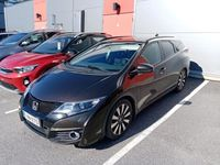 käytetty Honda Civic Tourer 1,8i Elegance Plus A (MY16) - Huippu hieno ja hyvin huollettu auto hienoilla varusteilla !