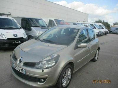 occasion Renault Clio III initiale 1.5 DCI 105 CH BV6