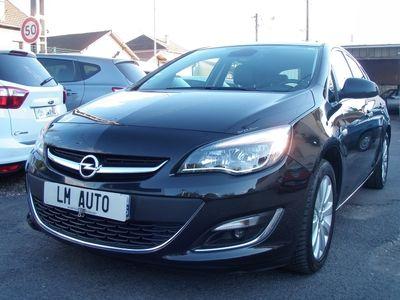occasion Opel Astra AstraIV (2) 1.7 Cdti 110 Fap Cosmo