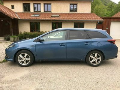 occasion Toyota Auris Touring Sports Hybride 136h Business