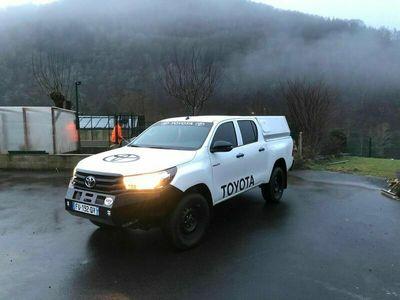 occasion Toyota HiLux DBLE CAB 4WD 2.4L 150 D-4D LECAP