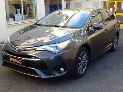 occasion Toyota Avensis 143 D 4D Executive