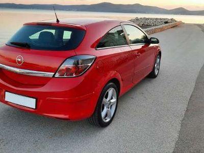 occasion Opel Astra GTC 1.7 CDTI - 100 BM6 Cosmo