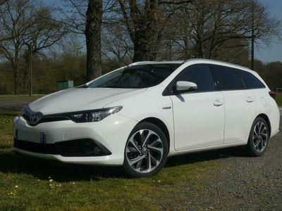 occasion Toyota Auris Touring Sports Design Hybride 136h