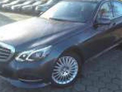 occasion Mercedes E220 ClasseBlueTEC - A + GPS Intelligent Light