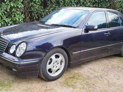 occasion Mercedes E270 CDI BA Avantgarde roule parfaitement pour pièce