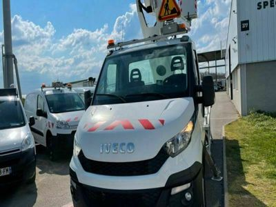 occasion Iveco Daily 35s13 nacelle Comilev